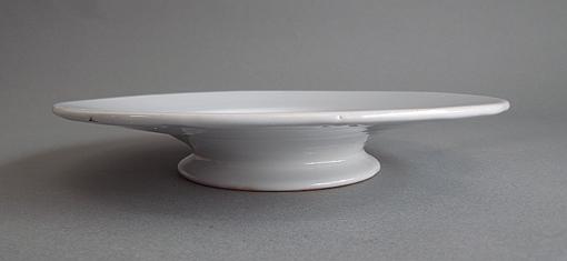 白釉の台皿_e0111789_11395955.jpg