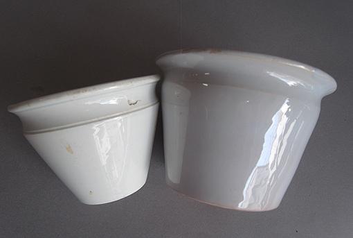 白釉の台皿_e0111789_1150113.jpg