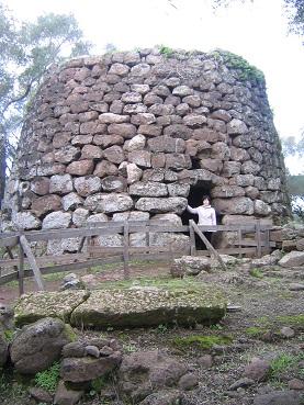 サルデーニャ回想記 ヌラーゲ遺跡と生活博物館_a0154793_234831100.jpg