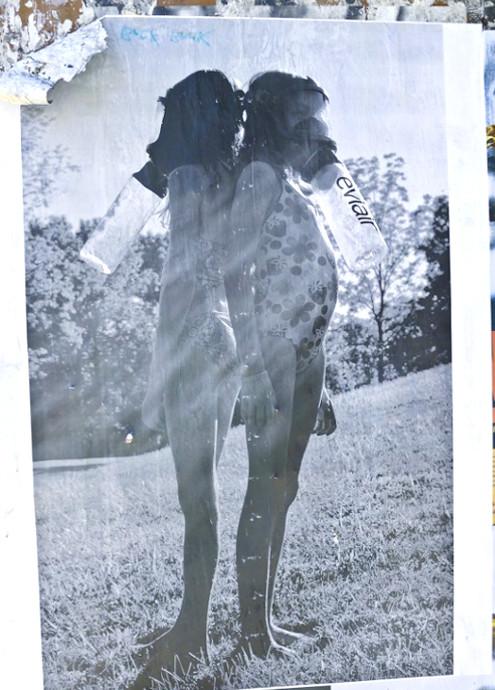 ニューヨークで目撃多数、謎のエビエアー(Eviair)ポスターは誰の仕業? _b0007805_85372.jpg
