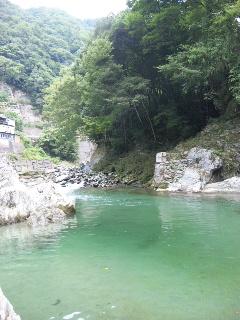 川_c0199544_1614310.jpg