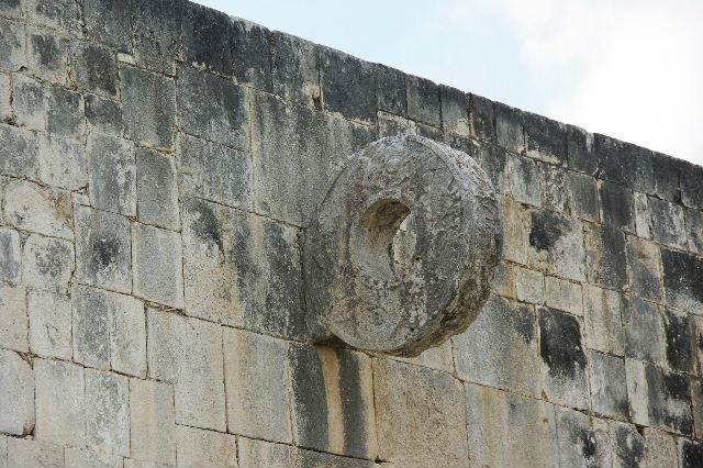 新チチェン・イツァ (8) ジャガーの神殿と 球戯場_c0011649_2122182.jpg