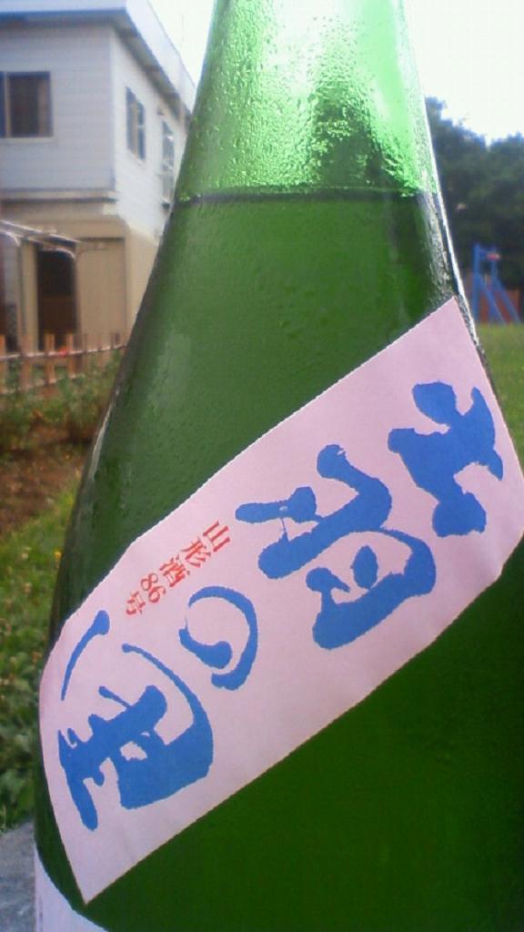 【日本酒】 秀鳳 純米吟醸 無濾過原酒 出羽の里_e0173738_1111268.jpg