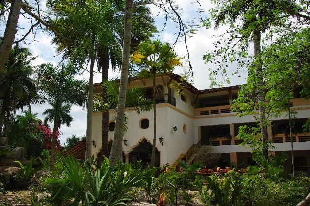 【メキシコ】 マヤ・ランドホテルへ戻り、休憩とランチ_c0011649_21581999.jpg