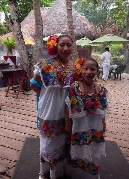 【メキシコ】 マヤ・ランドホテルへ戻り、休憩とランチ_c0011649_22535590.jpg