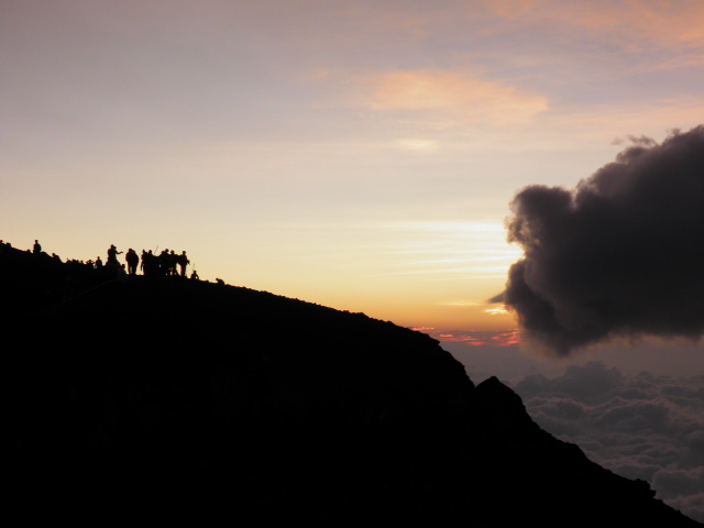 富士山初登頂!_e0159969_1854104.jpg