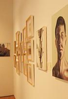 警備員のオジサンも作品展示? さっすがニューヨークなアート展、Insider Art_b0007805_2393523.jpg