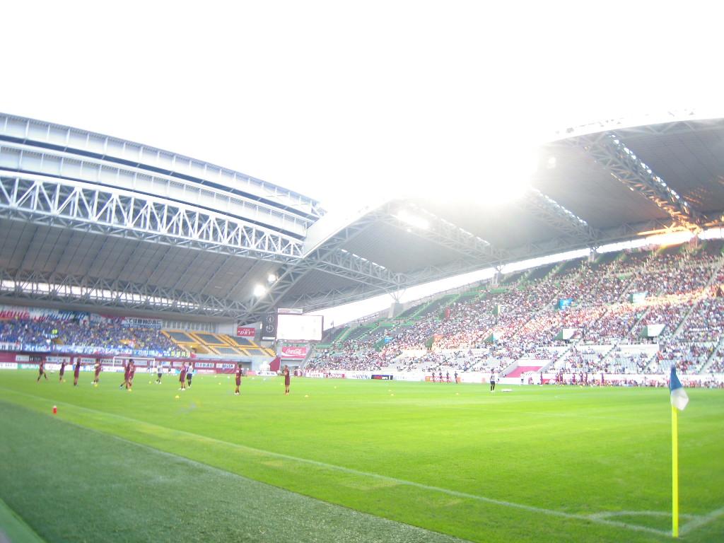ホームズスタジアム神戸へ_c0132608_1946239.jpg