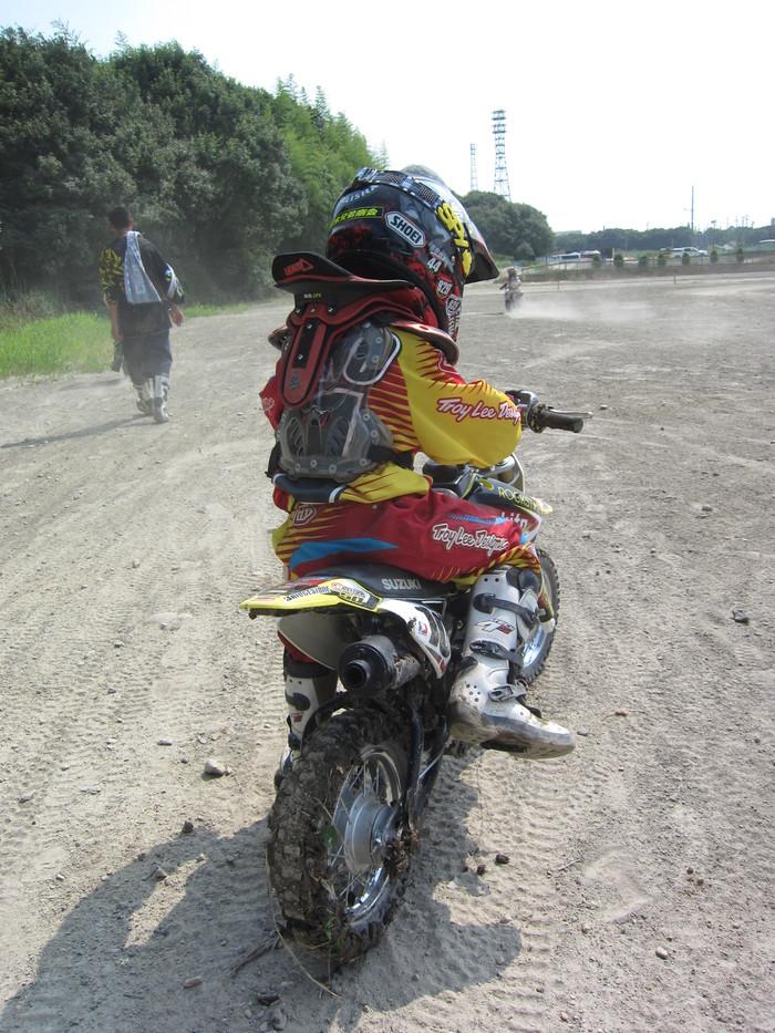 『お兄ちゃんのバイクが…!!!』_a0156942_17144938.jpg