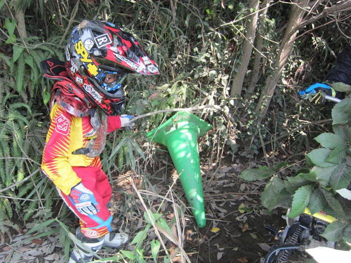 『お兄ちゃんのバイクが…!!!』_a0156942_1754187.jpg