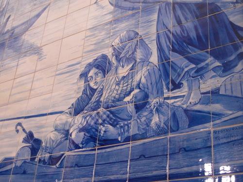 ポルトガル紀行ーーーポルトサンベント駅_c0179785_2145355.jpg
