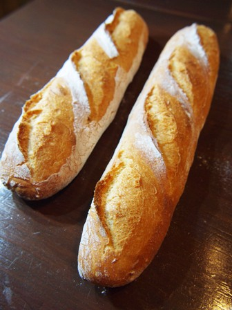 トラスパレンテレシピの長熟フランスパン_e0167593_22582212.jpg
