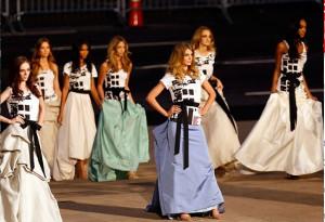 世界最大のファッションの夜祭、Fashion\'s Night Outが今年もニューヨークで開催予定_b0007805_12395844.jpg