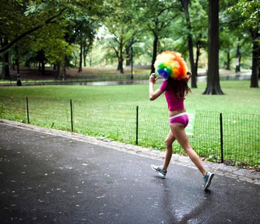 夏のニューヨーク恒例の下着マラソン大会、Jamaica Underwear Run_b0007805_22512656.jpg