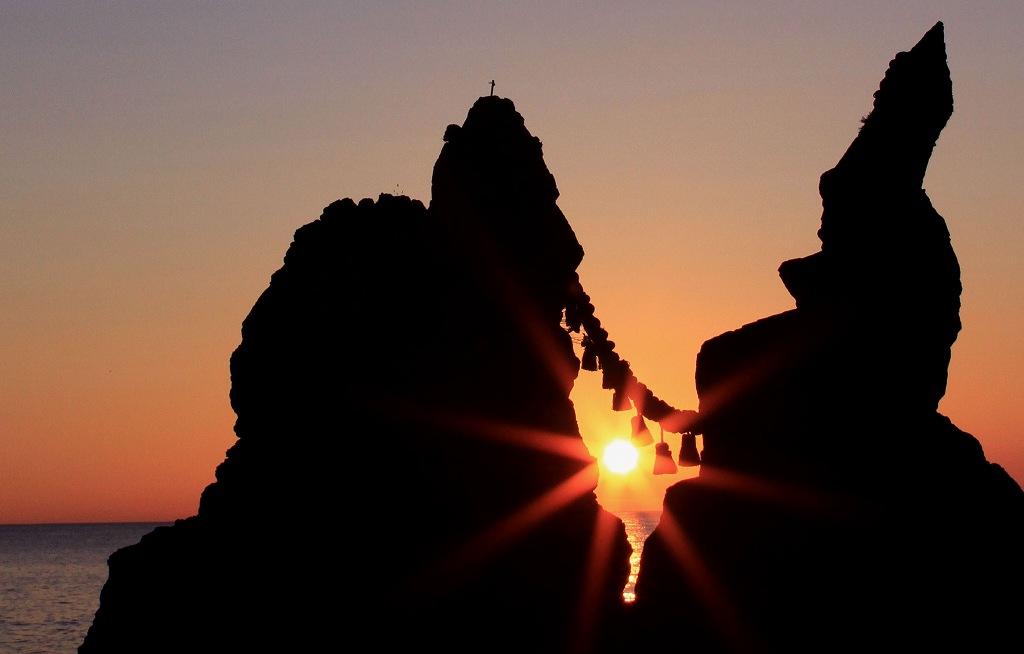 夫婦岩の夕陽_d0074828_21293185.jpg