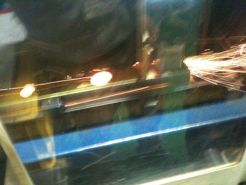 SUS304 チャンネル鋼のレーザー切断_d0085634_15225036.jpg