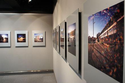 ピンホール写真展「記憶の町 青梅」 初日を迎えました コニカミノルタプラザ_f0117059_22541643.jpg