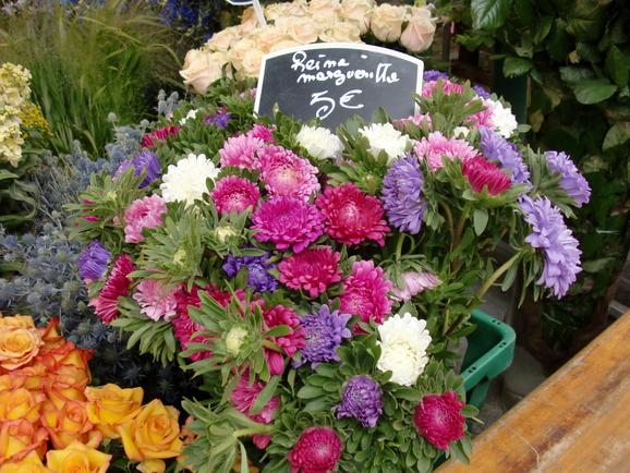花屋の隣_e0222766_2139652.jpg