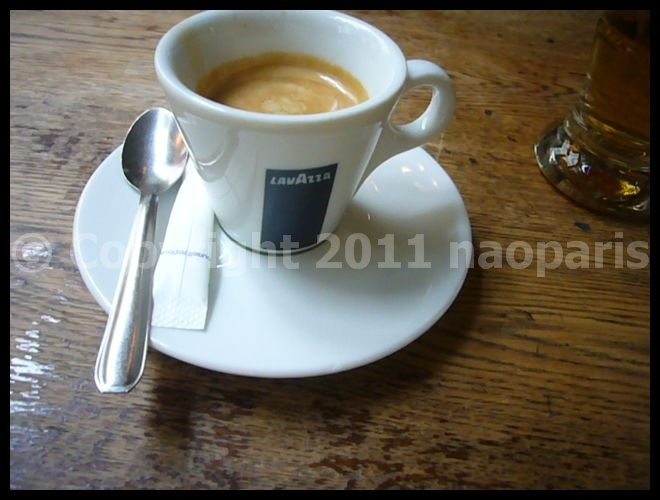 【Cafe de  l\'Industrie】8月14日バスティーユ界隈(PARIS)_a0014299_18181330.jpg