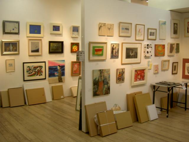 いよいよ!明日スタート、CHAIN of ART 東北チャリティ美術展 _a0071956_1827472.jpg