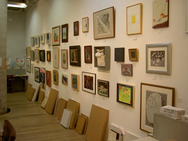 いよいよ!明日スタート、CHAIN of ART 東北チャリティ美術展 _a0071956_1828337.jpg