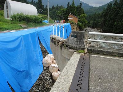 集中豪雨水害地巡回_f0019487_14245751.jpg