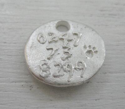 被災地福島へ送る動物救護の迷子札を作りました_e0095418_173599.jpg