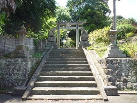 位登八幡神社・神功皇后は田原麿の城に半年も滞在した_c0222861_1727512.jpg