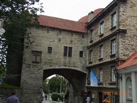 Estonia 中世の街 タリン_e0195766_5124238.jpg
