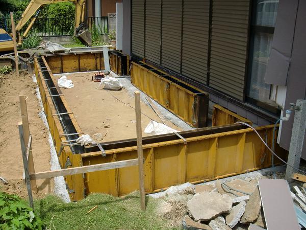 増築工事 ~ 基礎の型枠_d0165368_6162941.jpg