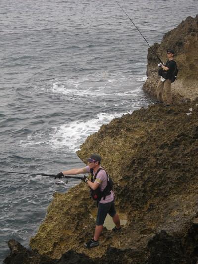 沖縄 離島遠征 磯からGTを狙う!!(その2)_a0153216_13132254.jpg
