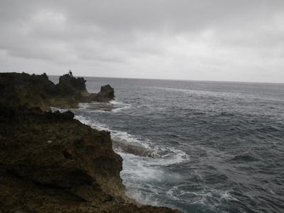 沖縄 離島遠征 磯からGTを狙う!!(その2)_a0153216_1327682.jpg
