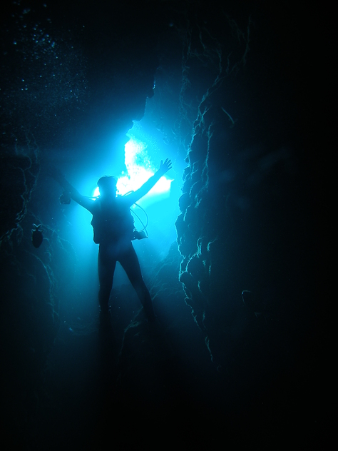 8月20日青の洞窟攻めに水中洞窟♪_c0070933_23414862.jpg