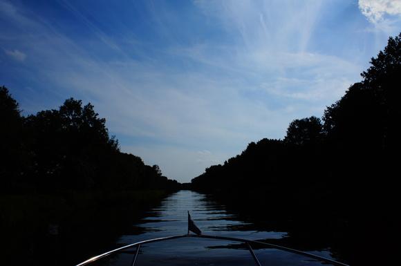 ほぼ一日、水の上!_c0180686_6562578.jpg