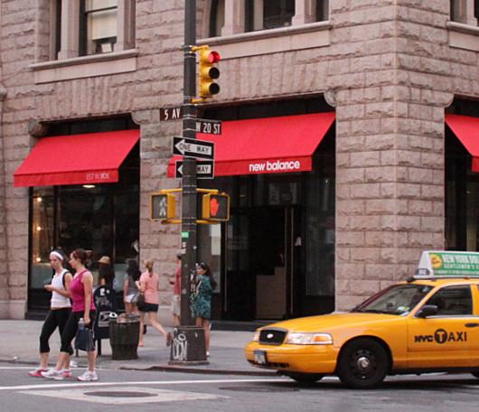ニューヨークにオープンした北米初のニュー・バランス体験店舗_b0007805_21171427.jpg