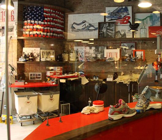 ニューヨークにオープンした北米初のニュー・バランス体験店舗_b0007805_21182575.jpg