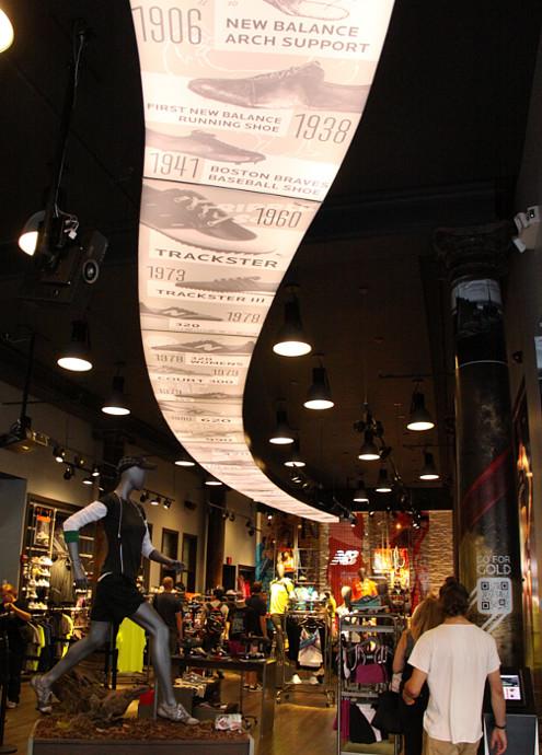 ニューヨークにオープンした北米初のニュー・バランス体験店舗_b0007805_21191755.jpg