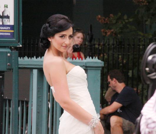 ニューヨークの街角で見かけた意外な結婚記念写真スポット_b0007805_422035.jpg