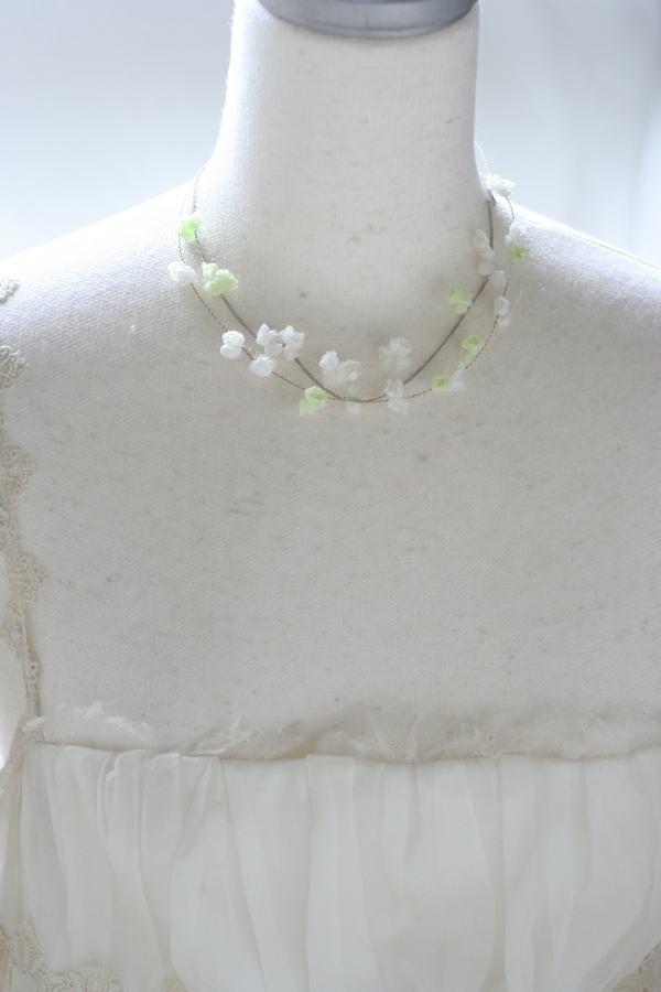 花のアクセサリ イヤリングとネックレスとカチューシャ スズランで_a0042928_17124310.jpg