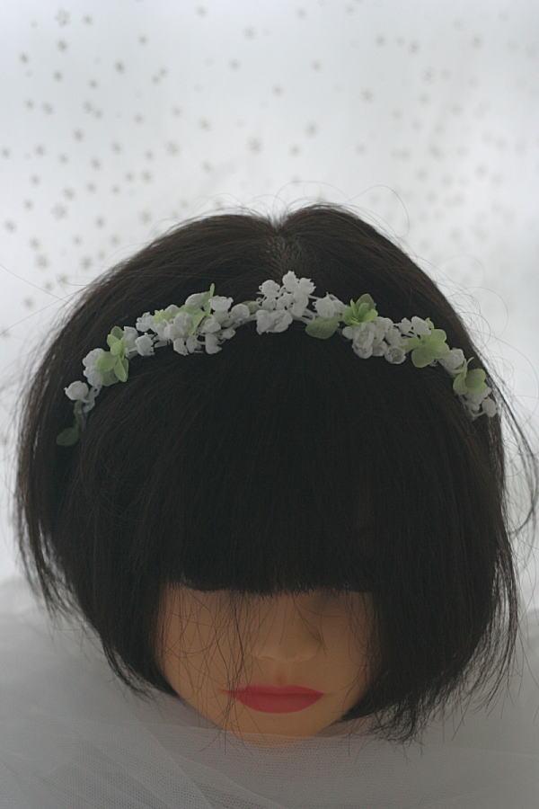 花のアクセサリ イヤリングとネックレスとカチューシャ スズランで_a0042928_17125847.jpg