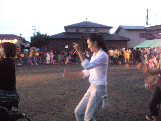 地元津志田の野田地区納涼祭での今年最後?のさんさ踊り_b0199244_083345.jpg
