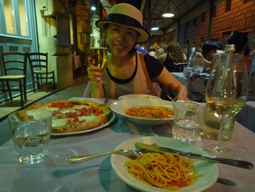 2011イタリア旅行記~日本からローマ~_e0122770_19283276.jpg