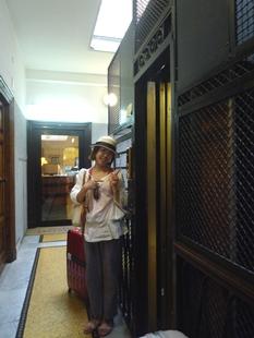2011イタリア旅行記~ローマからカリアリへ~_e0122770_20482691.jpg