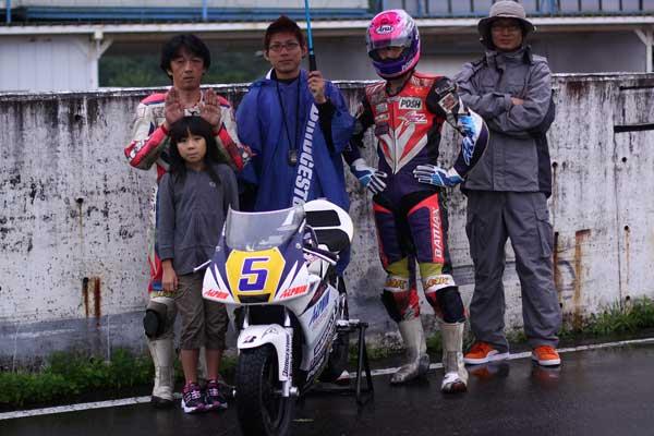 2011RSKエビスミニバイク4時間耐久レース その1_d0067418_13133367.jpg