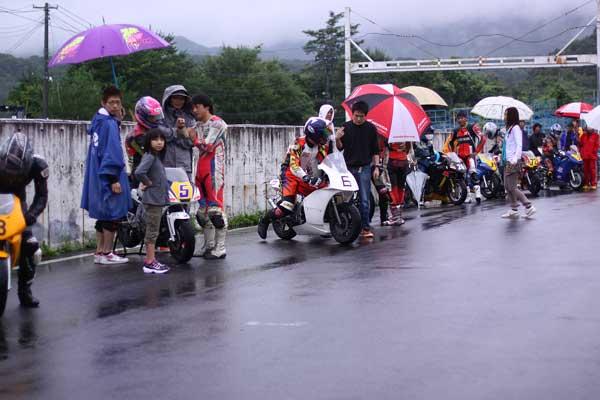 2011RSKエビスミニバイク4時間耐久レース その1_d0067418_13211894.jpg