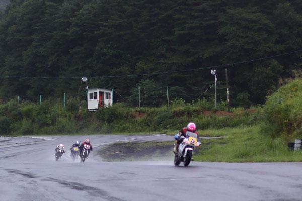 2011RSKエビスミニバイク4時間耐久レース その1_d0067418_1321346.jpg