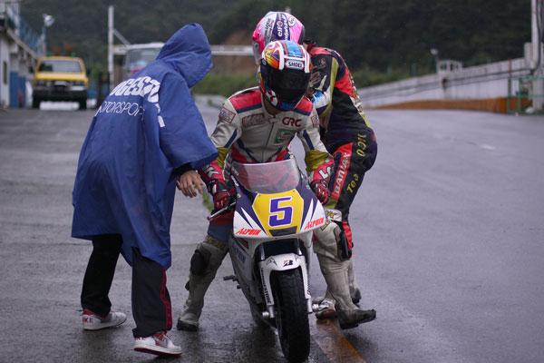 2011RSKエビスミニバイク4時間耐久レース その1_d0067418_1325254.jpg