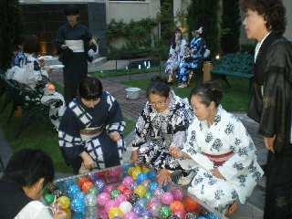 松本の某ホールで浴衣でパーテー。_b0222066_954569.jpg