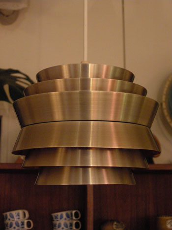 Pendant lamp (DENMARK)_c0139773_1841924.jpg