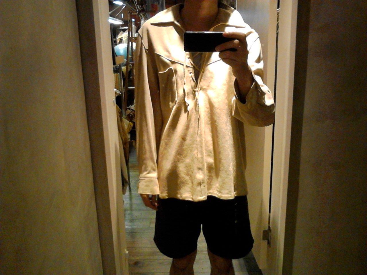 自由な着こなしを!ディアスキンレザーシャツ。(大阪アメ村店)_c0078587_2328160.jpg